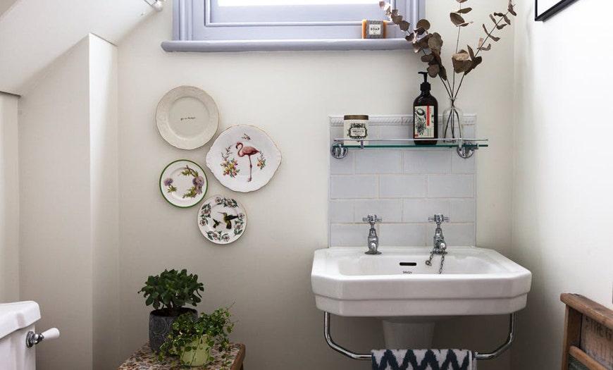 ¿Eres buen anfitrión? Anota los esenciales del baño de visitas