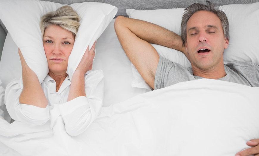 Porqué roncamos y cómo afecta nuestro sueño