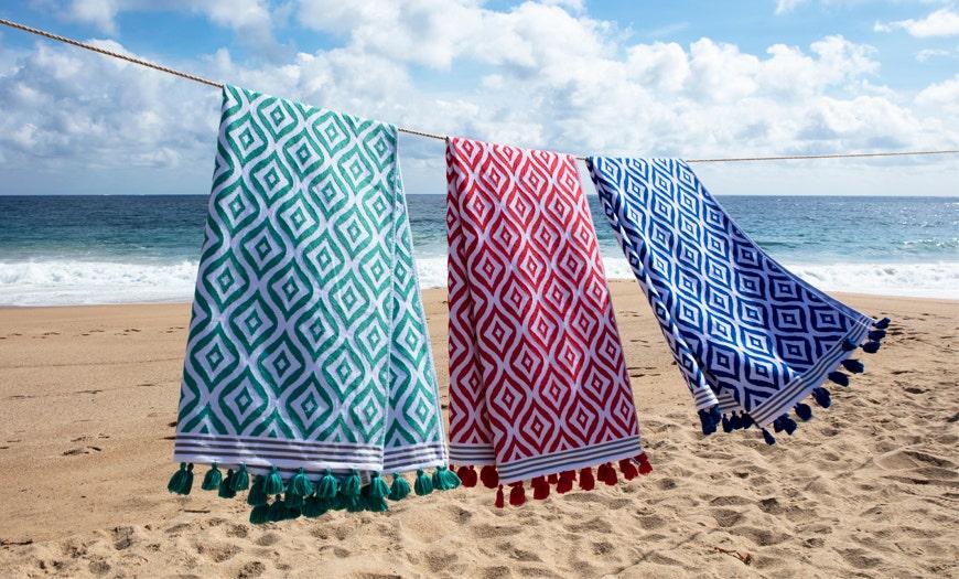 Cómo cuidar y lavar tus toallas de playa